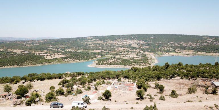 Ayvacık'ta Baraj Manzaralı Arsa