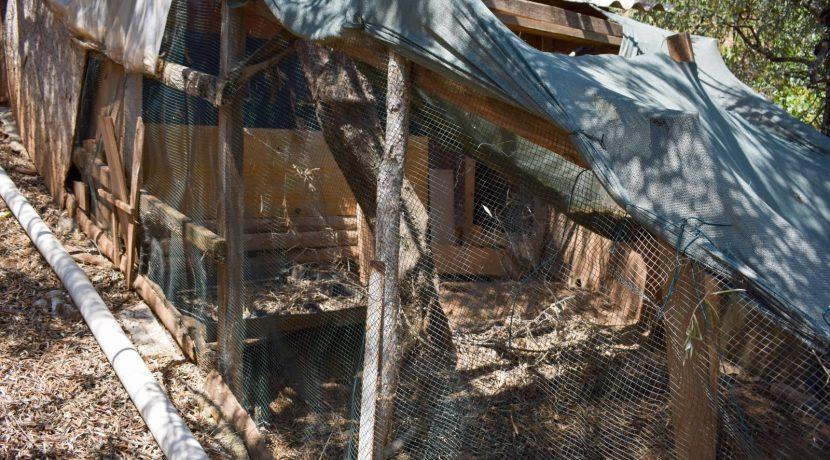Adatepe Köyü'nde Satılık Dağ Evi (28)