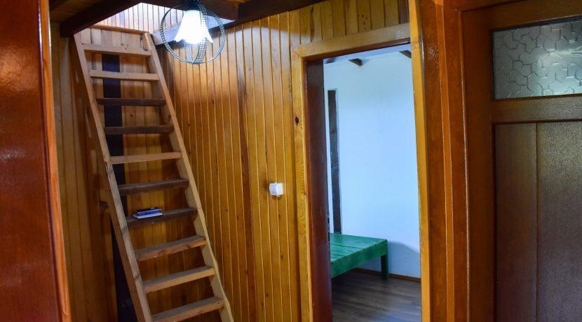 Adatepe Köyü'nde Satılık Dağ Evi (3)