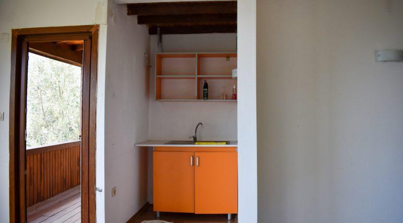 Adatepe Köyü'nde Satılık Dağ Evi (9)